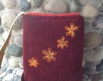 Retro Daisy Garnet Felted Wool Cross Body Messenger Bag