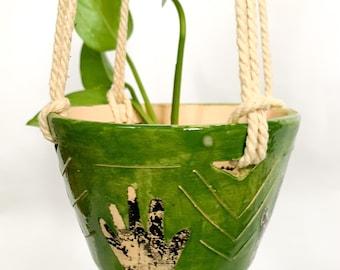 Handmade ceramic green hanging planter pot with hands, flowerpot, pottery, macrame, hang