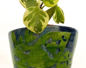 Handmade ceramic green leaf planter pot, flowerpot, pottery, leaves