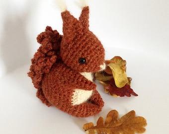 Coco The Squirrel - Amigurumi Pattern