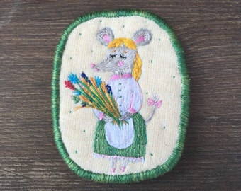 Brooch Country Mouse. Unique Statement jewellery. Brooch with mouse. Funny brooch. Hand embroidered pin, brooch, patch.