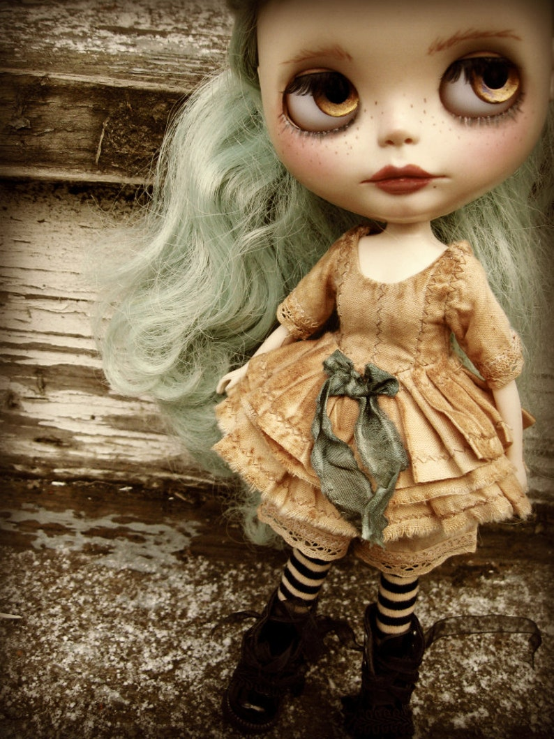 Tea-Stained Lace-Edged Dress and Drawers PATTERN Blythe Doll Designer PatternTutorial PDF for Dress Set  by Cindy Sowers