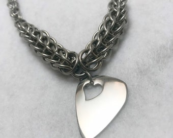 Persian Chainmaille Graduated Necklace with Silver Guitar Pick Pendant