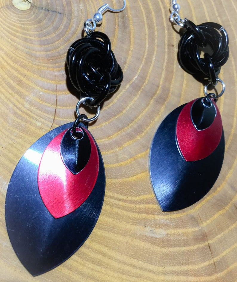 Black and Red Scales Dangle Earrings image 0