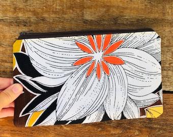 Vintage Hawaiian/ Palaka/ Zipper Pouch/ Cosmetic Bag / Makeup Bag