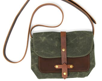 Waxed Canvas Purse Bag with Front Leather Pocket in Green and Brown