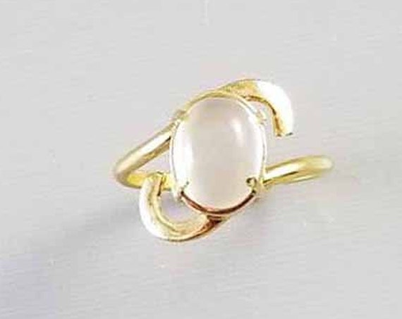 Vintage mid century 14k gold moonstone cabochon solitaire bypass style ring, size 10, custom made, high quality