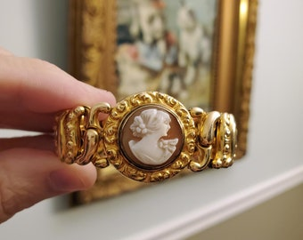Vintage Edwardian cameo 1907 patent date gold filled sweetheart stretch expansion bracelet The American Queen by Pitman & Keeler