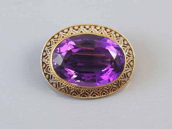 Stunning 14k gold vintage 14k gold filigree 23 carat purple Siberian amethyst brooch pin / mid century