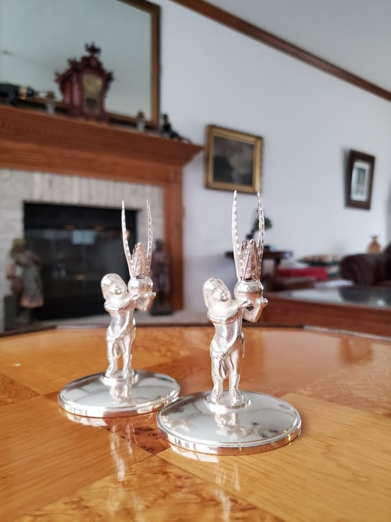 Pair of vintage Reed and Barton silver plate cherub angel putti candlestick holders, candle stick, candle holder, #01160