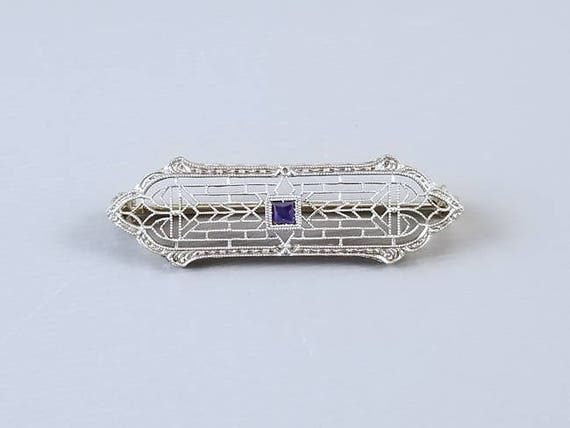 Antique Art Deco 14k white gold square cut natural blue sapphire filigree bar pin brooch signed Krementz