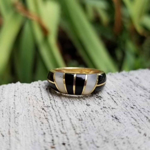 Modern estate 14k gold black onyx and abalone mother of pearl inlay statement ring, size 6, band, stacking ring
