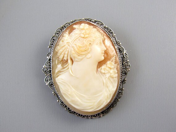 Antique Edwardian sterling silver filigree cameo brooch pin pendant