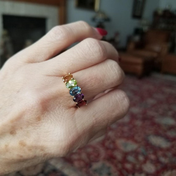 Modern estate 14K gold rainbow gemstone garnet, amethyst, blue topaz, peridot, citrine cocktail statement ring, size 6