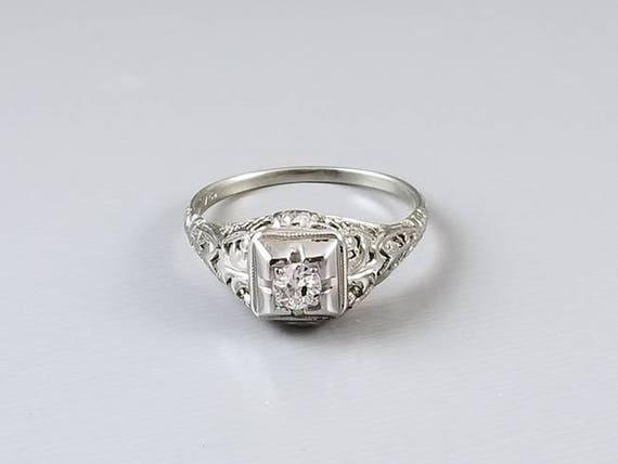Vintage Art Deco 18k white gold .18ct European cut diamond filigree solitaire engagement ring, size 8, 1920s
