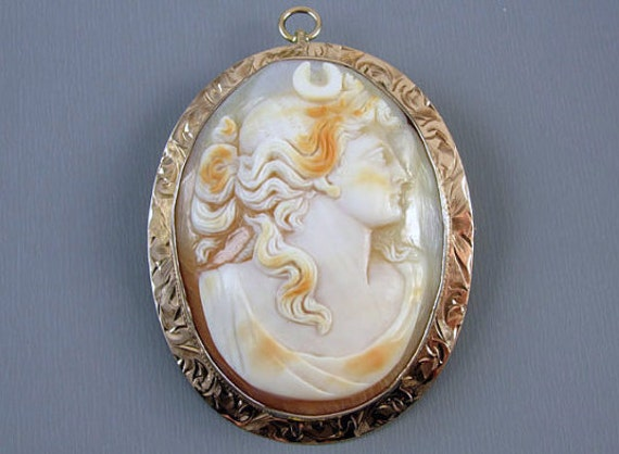Antique Edwardian Diana the Huntress 10k rose gold cameo brooch pin pendant