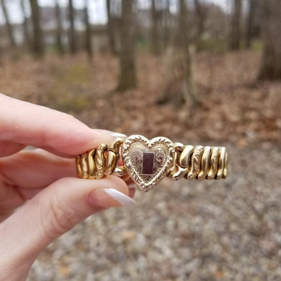 Vintage gold filled La Mode by Ripley & Gowan stretch expansion sweetheart heart shaped bracelet