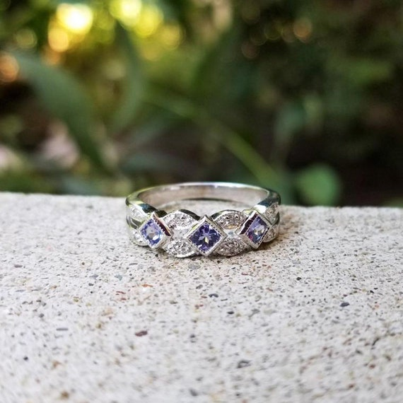 Modern estate 10k white gold diamond and tanzanite band ring, statement ring, stacking ring, size 7