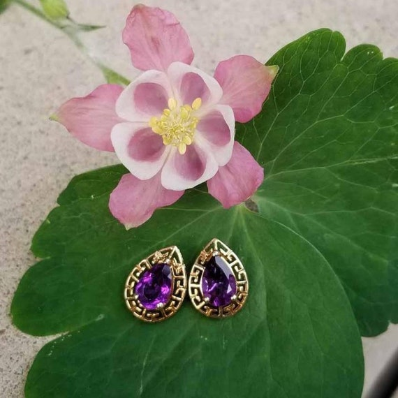Modern estate 10k gold pear shaped amethyst 2 carat tw pierced earrings, Greek Key design