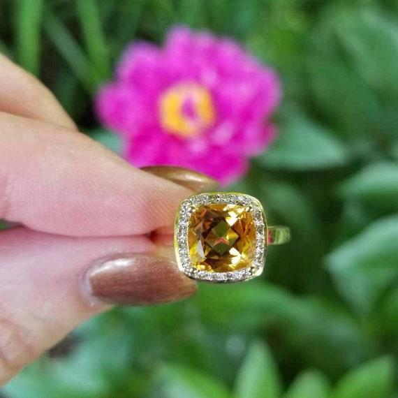 Modern estate 14k gold 2.87 carat citrine and .20 carat square cushion cut diamond halo ring, size 8, cocktail ring, white gold bezel
