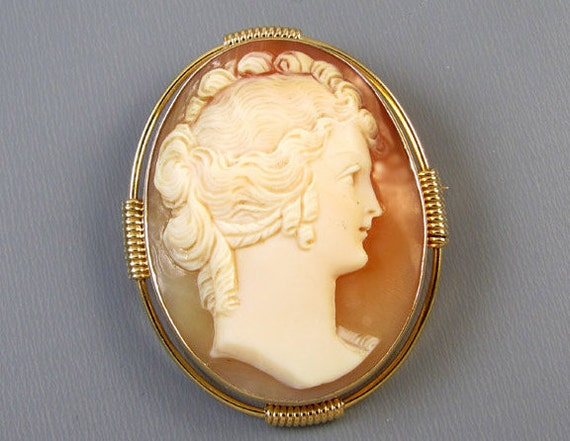 Antique Edwardian 14k gold cameo brooch pin pendant