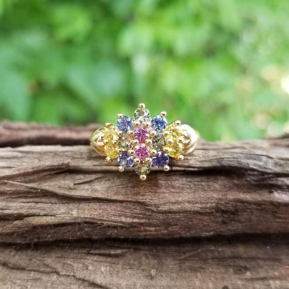 Modern estate 14K gold heart shaped shoulders multi color sapphire ring, pink sapphire, blue sapphire, green sapphire, yellow sapphire, sz 7