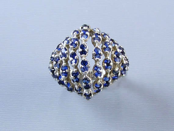 Wonderful mid century vintage 14k white gold 72 blue sapphires bombe dome statement cocktail dinner ring, size 6-1/4