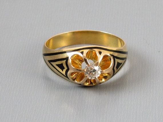 Antique Edwardian 14k gold taille de epargne black enamel .30 carat European cut diamond ring, size 9-1/4