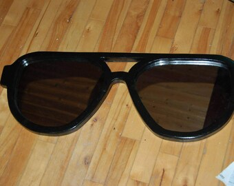 67c49ac844b Sunglasses mirror painted aviator sunglasses mirror 30 x 10 x 3 4 with  mirrors shaped as lenses