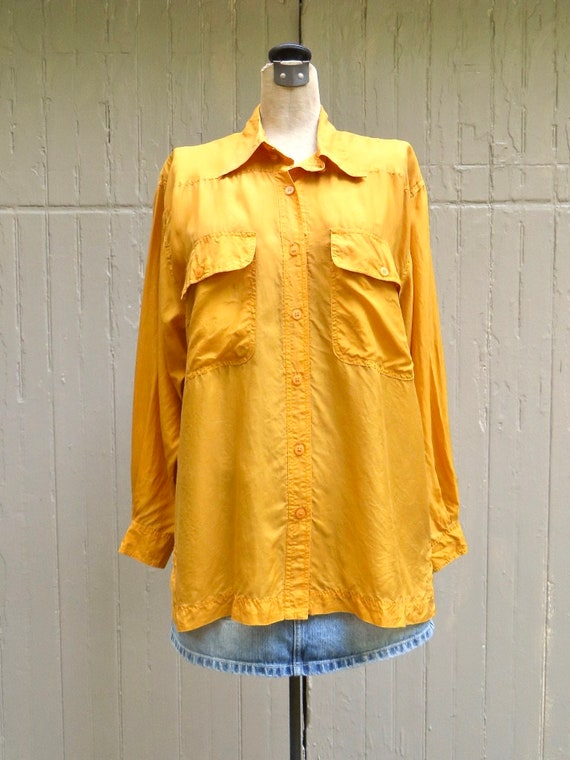 80s/90s vintage Vibrant Marigold Yellow Button Do… - image 5