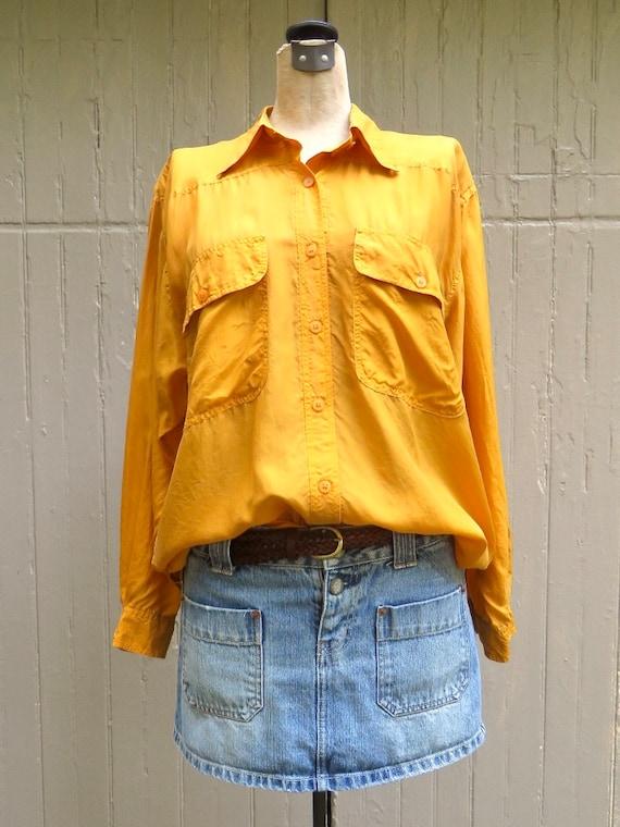 80s/90s vintage Vibrant Marigold Yellow Button Do… - image 3