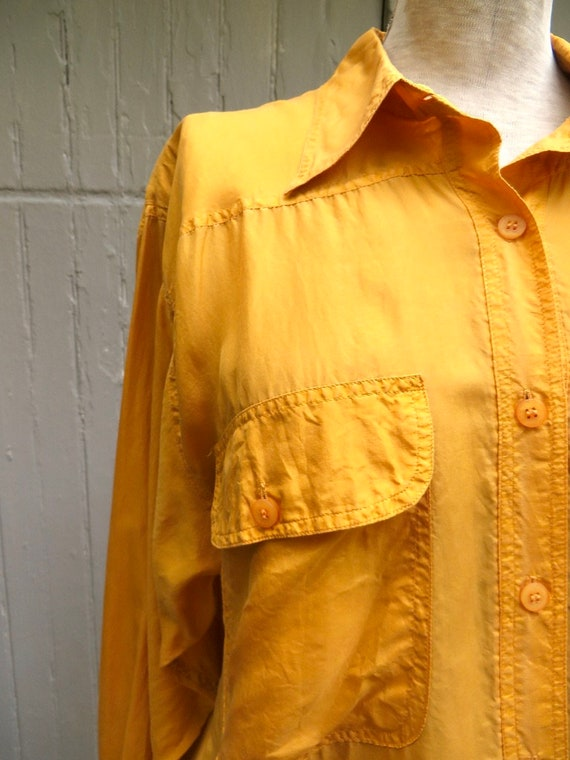 80s/90s vintage Vibrant Marigold Yellow Button Do… - image 7