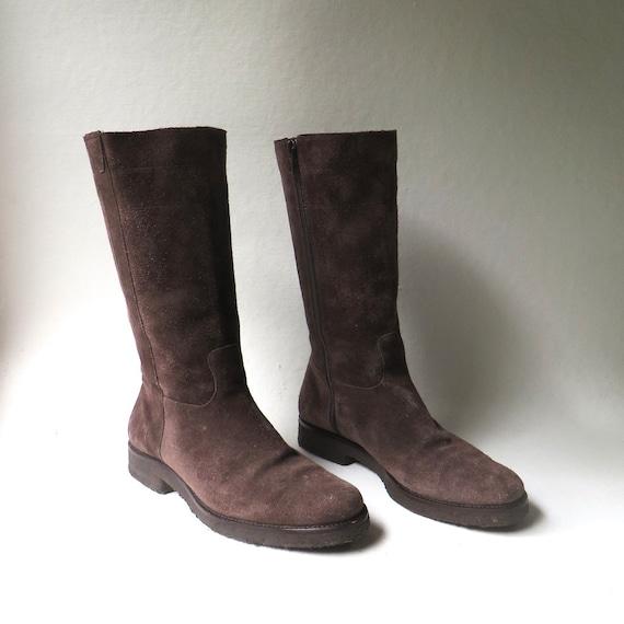 90s vintage Stuart Weitzman Dark Brown Suede Kitten Heel Ankle Boots  Designer Brown Suede Booties  Boho Indie Hipster Rocker Avant Garde