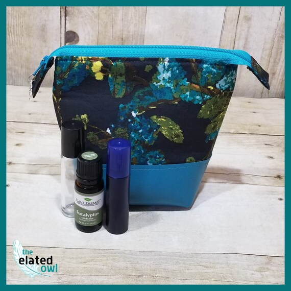 Travel Sized Essential Oil Pouch - holds 8