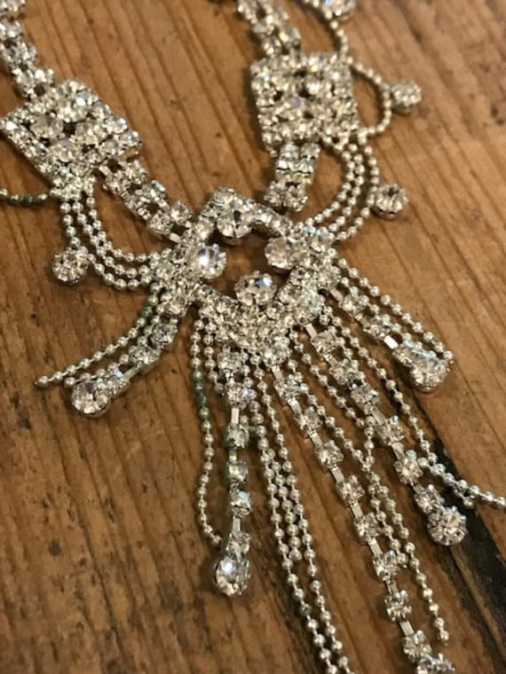 Incredible!  Gorgeous vintage rhinestone necklace!