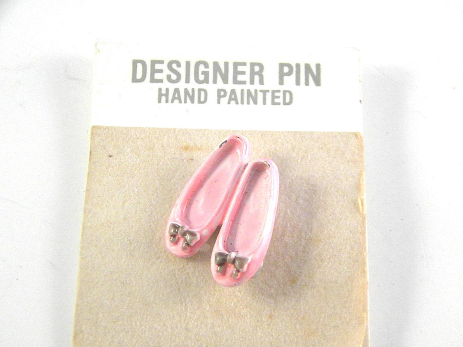 jj jonette pink enamel ballet slippers vintage brooch pin