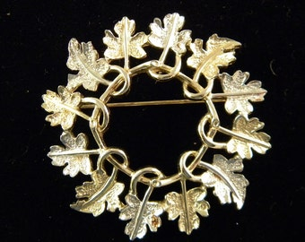 Sarah Coventry Garland Pin Vintage Jewelry