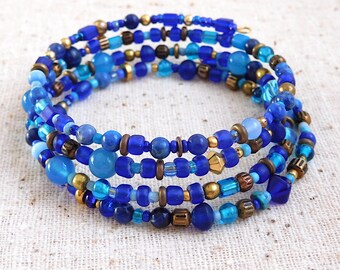 Quadruple Wrap Blue Boho Memory Wire Coil Bracelet (Item O 92)