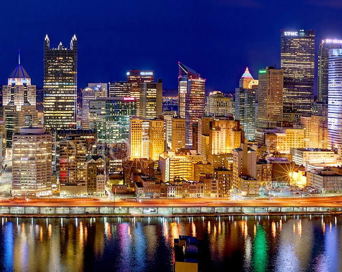 CANVAS Pittsburgh Skyline at Night  2017 BORDERLESS COLOR or Bw Panoramic Photo Cityscape Print