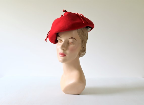 1950s Red Hat Beret Toque