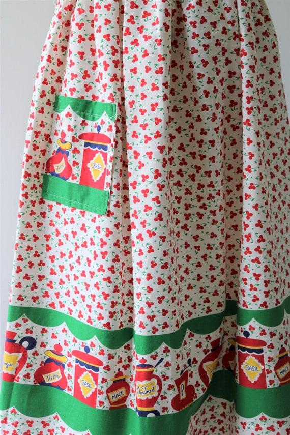 1950s Novelty Print Cotton Skirt - image 7