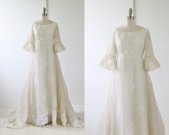 Vintage Wedding Dress 1960s Lace Chiffon Bell Slee