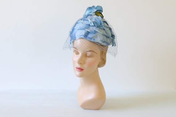 Blue Hat Toque Floral Fascinator Hat 1950s