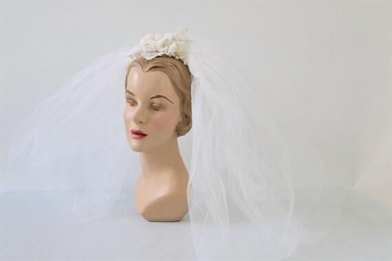 Vintage Short Wedding Veil Headpiece 1960s Bridal