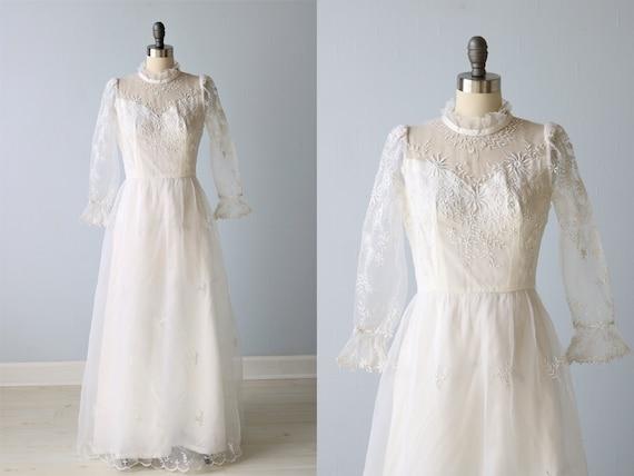 Vintage Wedding Dresses 1960s Sheath Embroidery Ru