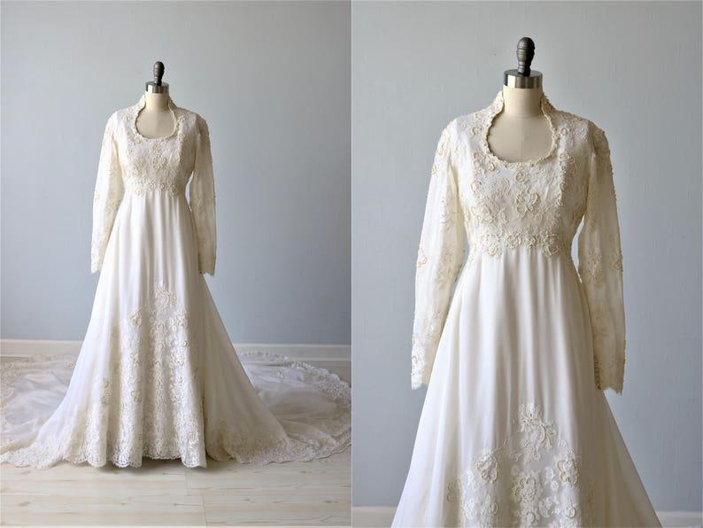Sale Vintage Long Sleeve Lace Wedding Dress Sweetheart Etsy