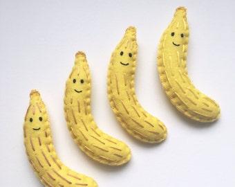 Banana magnet plushie, plush felt magnet, bananas, kitchen decor, felt banana, fun magnets, felt fruit magnets, handsewn by HibouDesigns