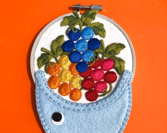 Mini hoop - Cornucopia Fish - colorful and whimsical decor wall hanging - handmade embroidery wall hanging - OOAK by HibouDesigns