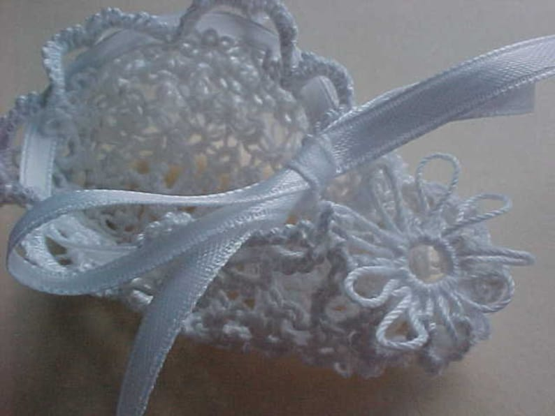 Tatted White Baby Booties by Dove Country Tatting