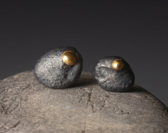 Rocks stud earrings in silver and 18ct gold
